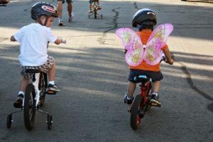 Verrons-nous un jour des aménagements cyclables qui permettront à nos enfants de rejoindre leur école de secteur à vélo ?