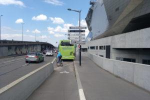 Incident avec un bus, un car, un taxi