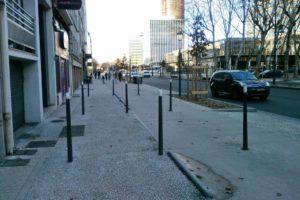 Lettre à Monsieur le Président de la Métropole : Danger potentiel des potelets Wilmotte à l'axe des pistes cyclables bidirectionnelles